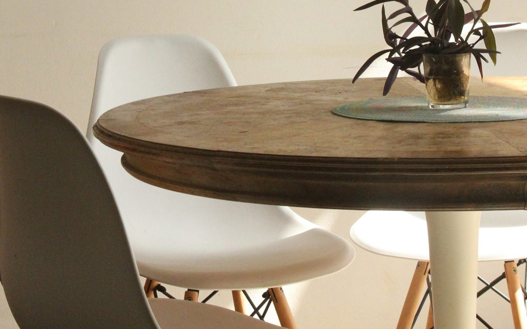 Wow your guests with gorgeous dining furniture