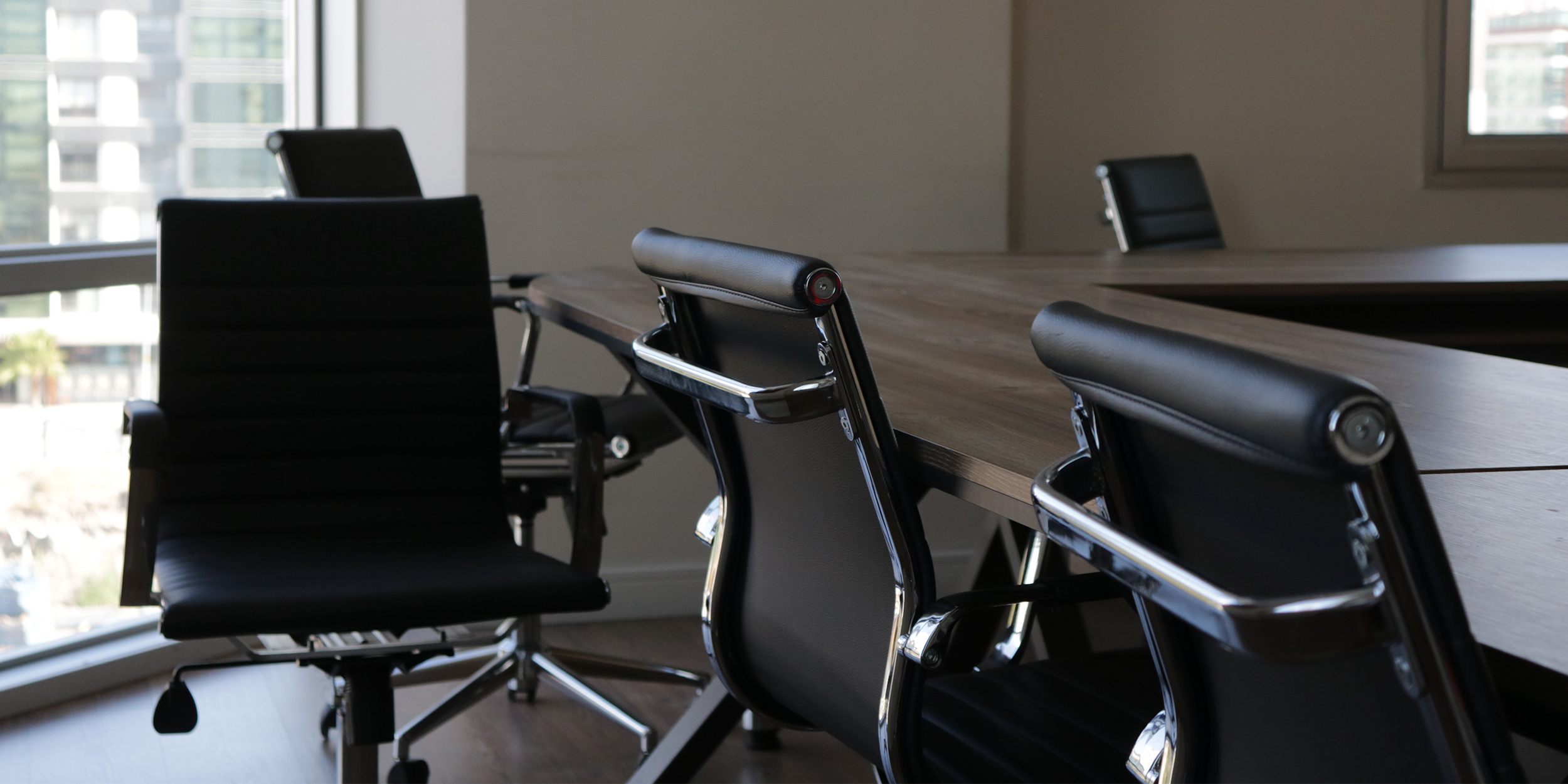 Office Using EA217 Office Chairs