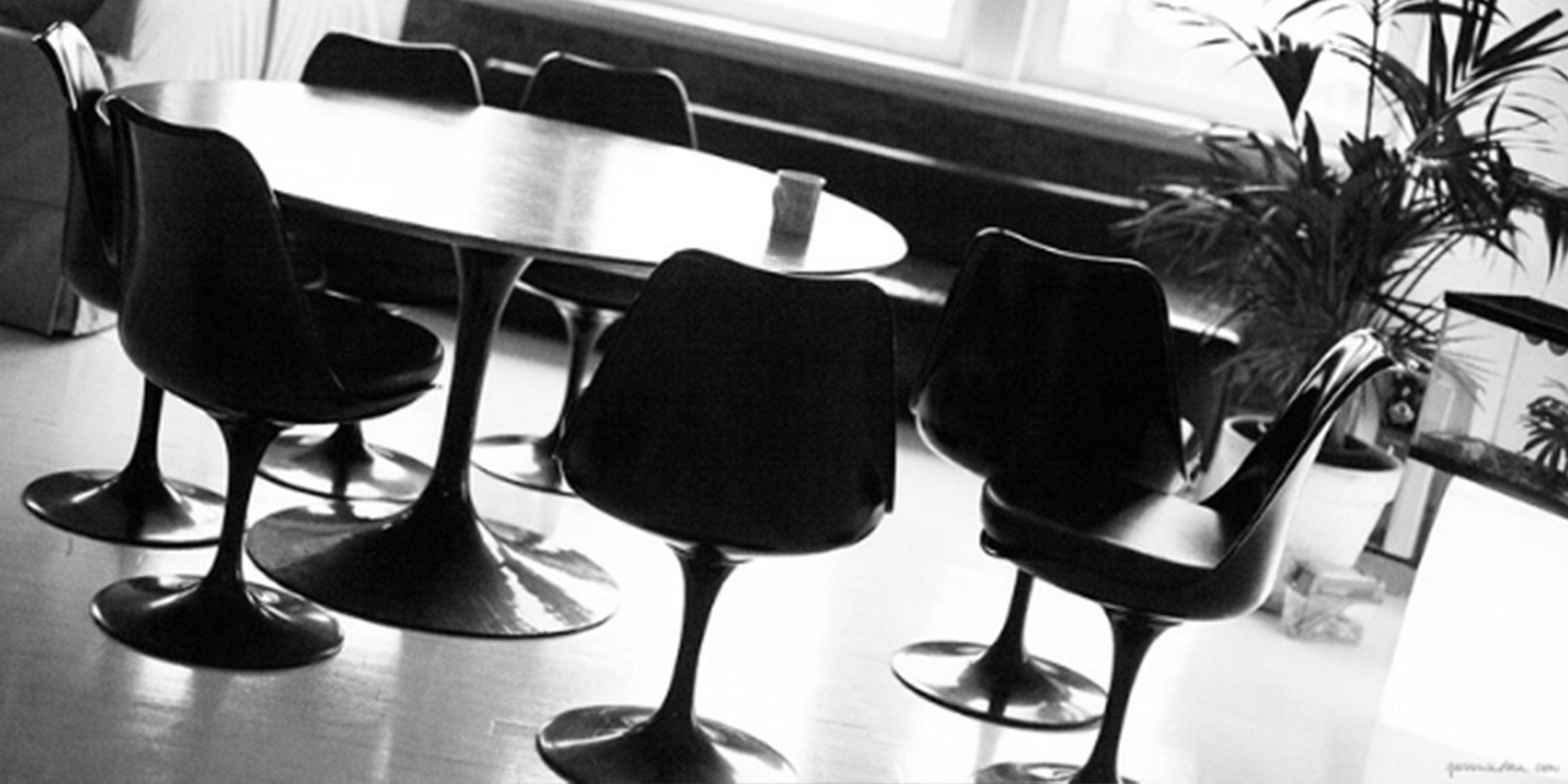 Eero Saarinen Black Tulip Table & Chairs