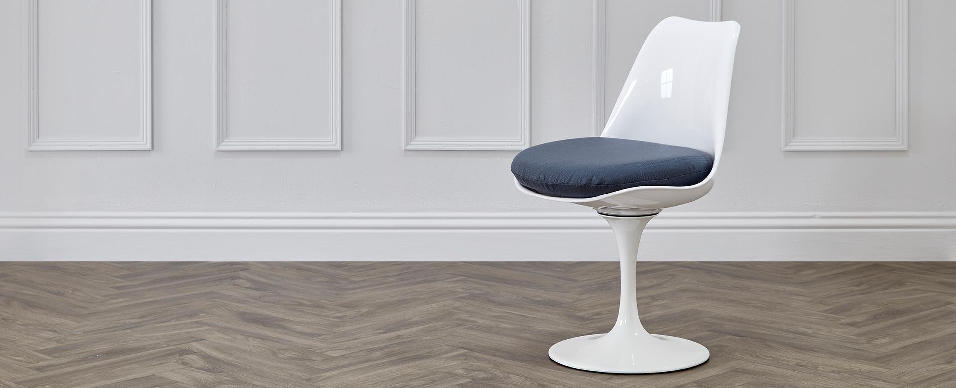 Saarinen Style Tulip Chairs